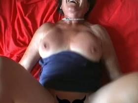 Alte Oma Traudl (80) wird gefickt Oma Sex Video